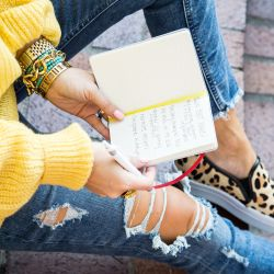 $25 Yellow Sweater + Staying On-Track with Your Goals