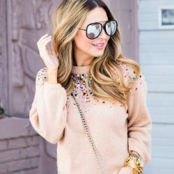 $35 Sequin Sweater, Boyfriend Jeans & Heels - Casual Valentine's Day Outfit