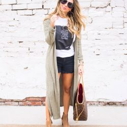 """I'm Late Because of Who I am as a Person"" Graphic Tee, Olive Duster Cardigan & 3 Tips for Being on Time"