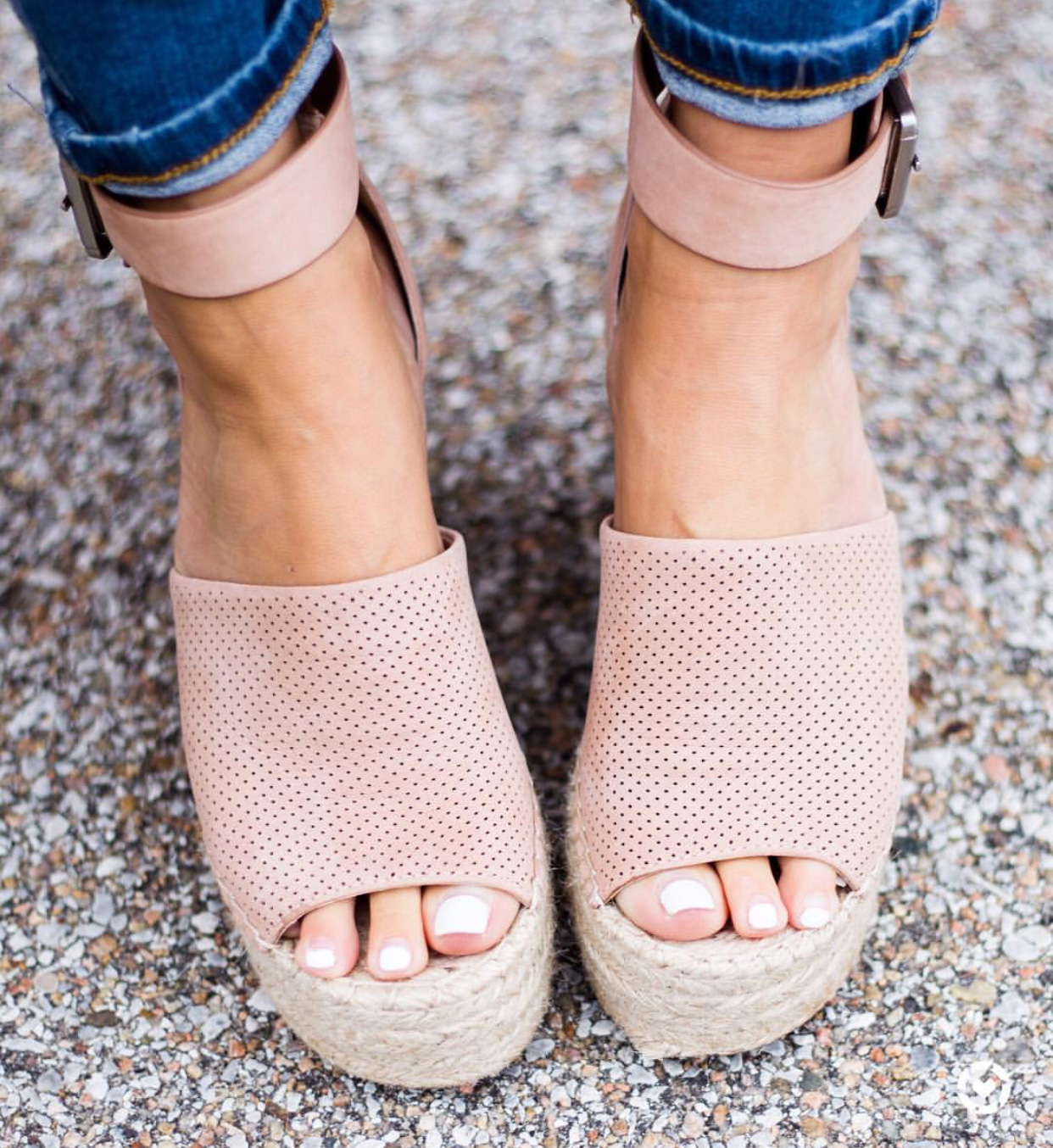 Marc Fisher Wedges ON SALE! Run, Don't