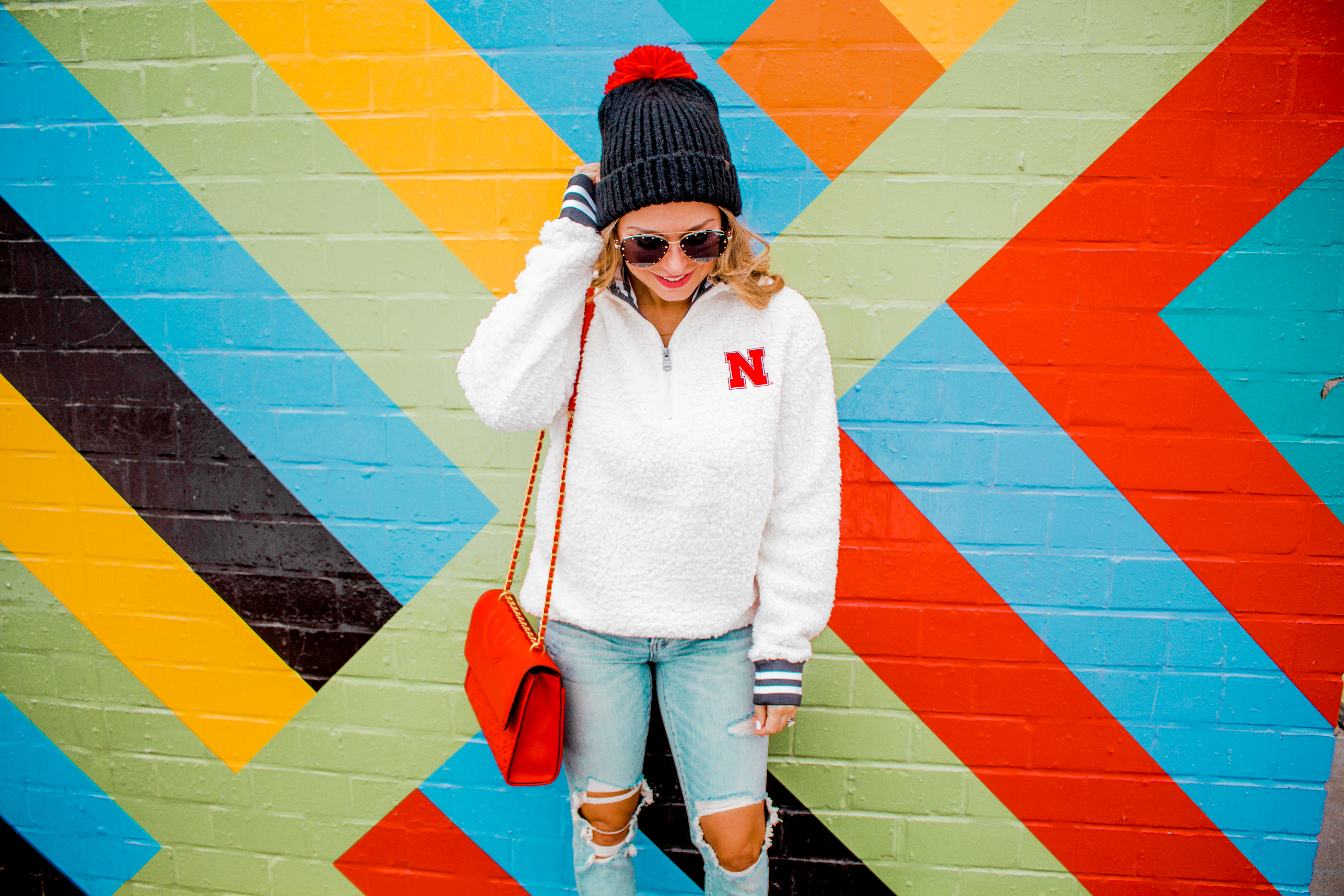 Nebraska - Women's Fashion - Sherpa - Husker - Pullover - Husker Gear - Omaha Blogger - Sabby Style - Casual Outfit - 19
