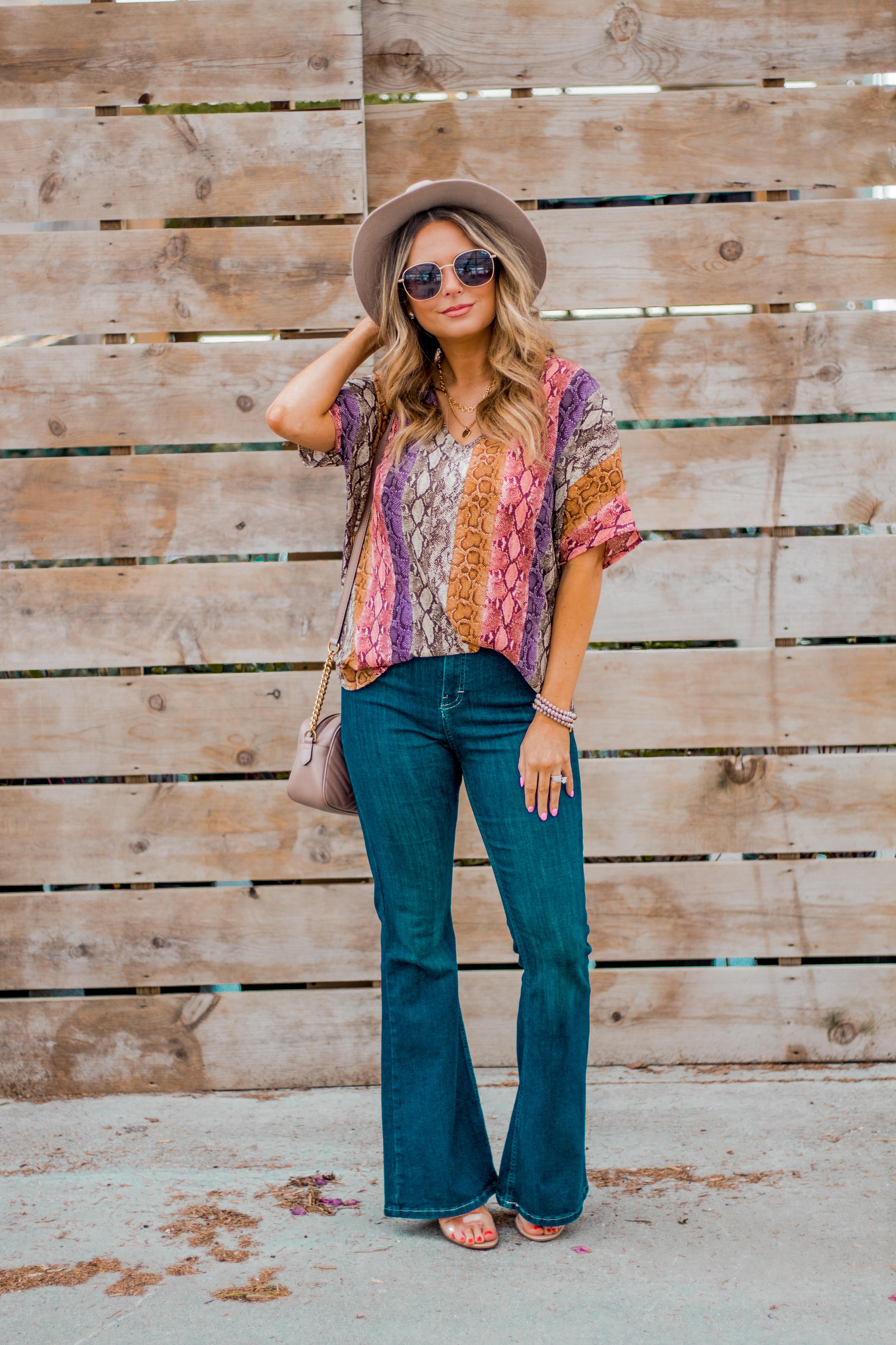 Women's Fashion - Snakeskin Print - Snakeskin Trend - Spring Fashion Trend - Omaha Fashion Blog - Boho Vibes - Flare Jeans - 14