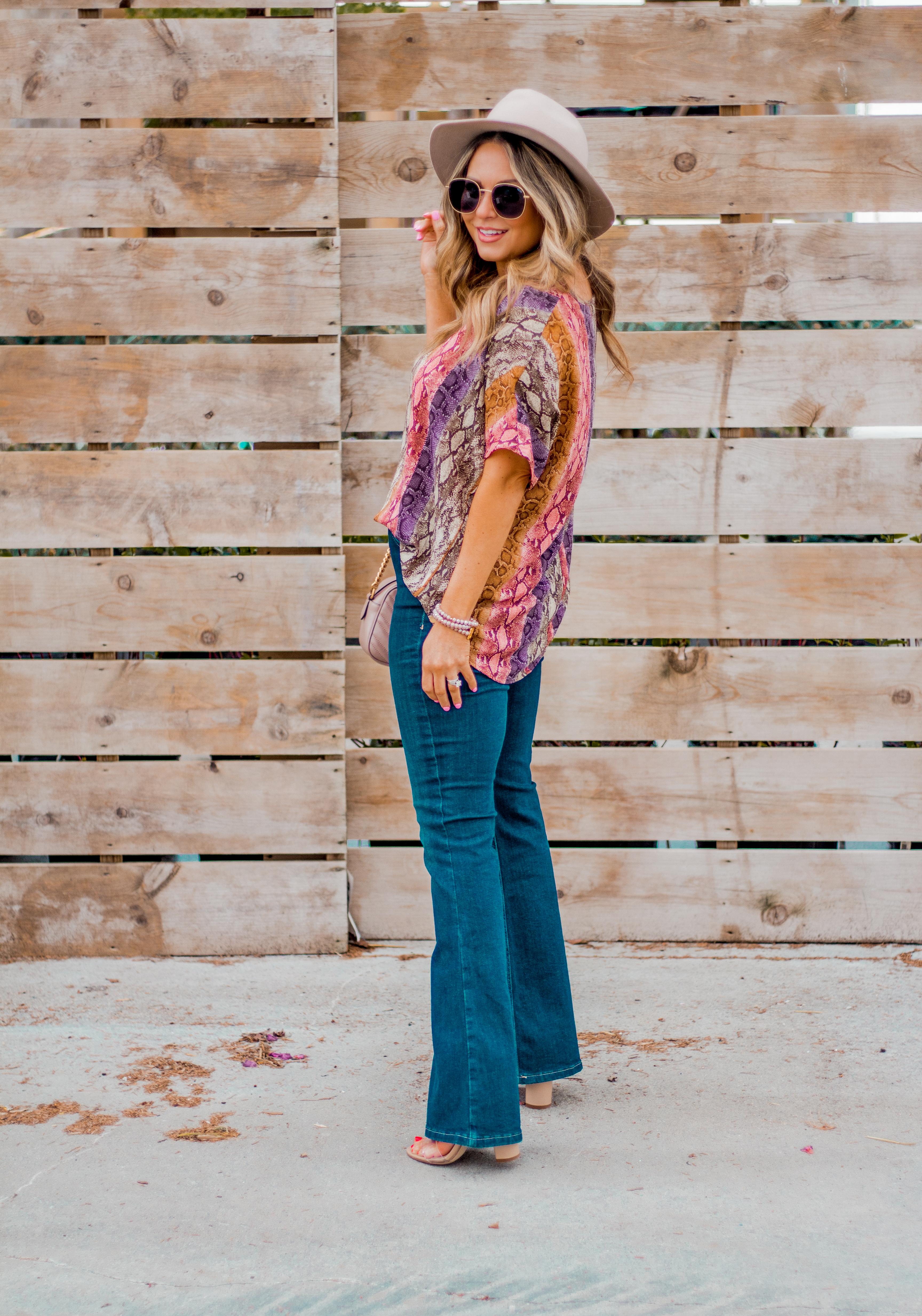 Women's Fashion - Snakeskin Print - Snakeskin Trend - Spring Fashion Trend - Omaha Fashion Blog - Boho Vibes - Flare Jeans - 10