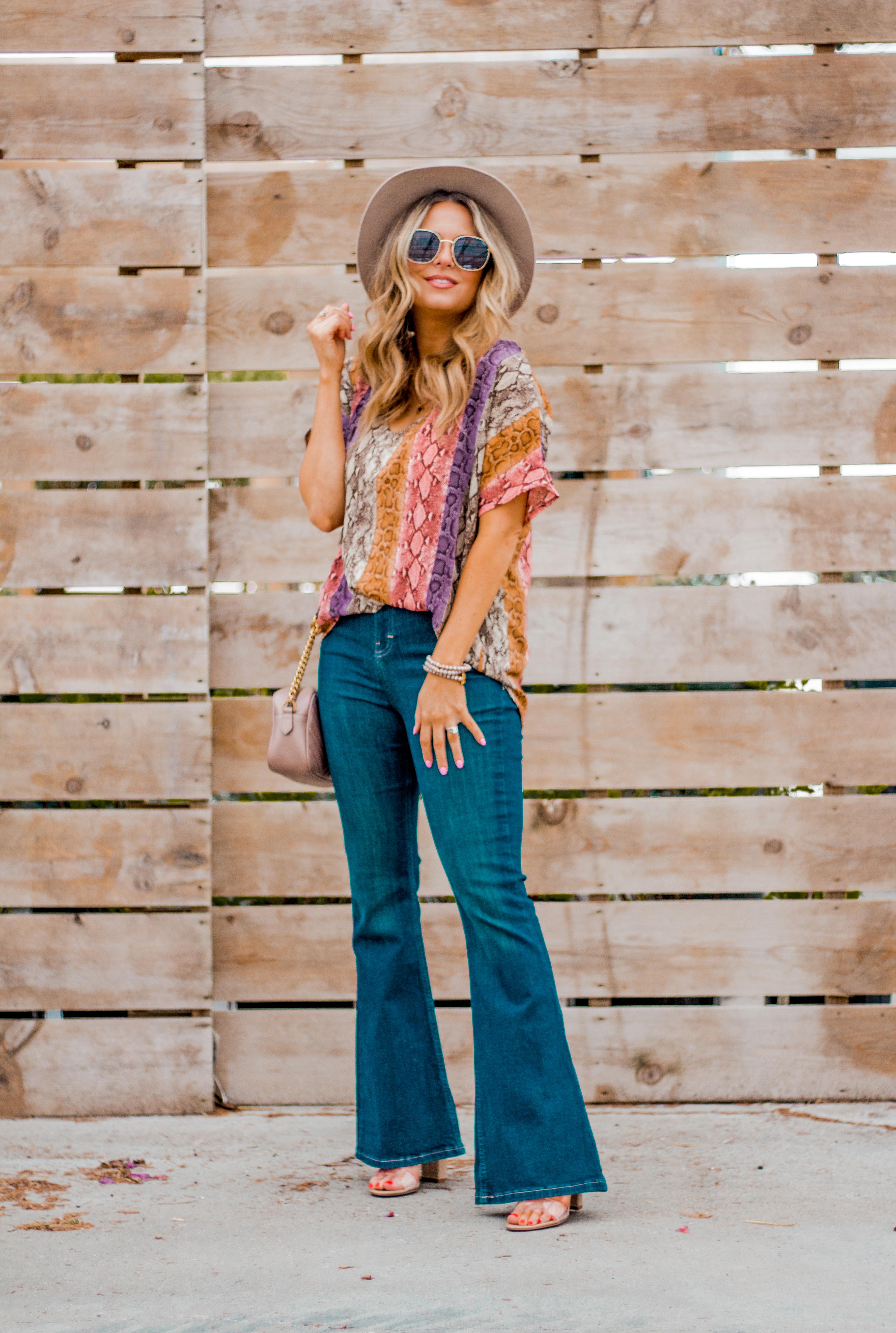 Women's Fashion - Snakeskin Print - Snakeskin Trend - Spring Fashion Trend - Omaha Fashion Blog - Boho Vibes - Flare Jeans - 17