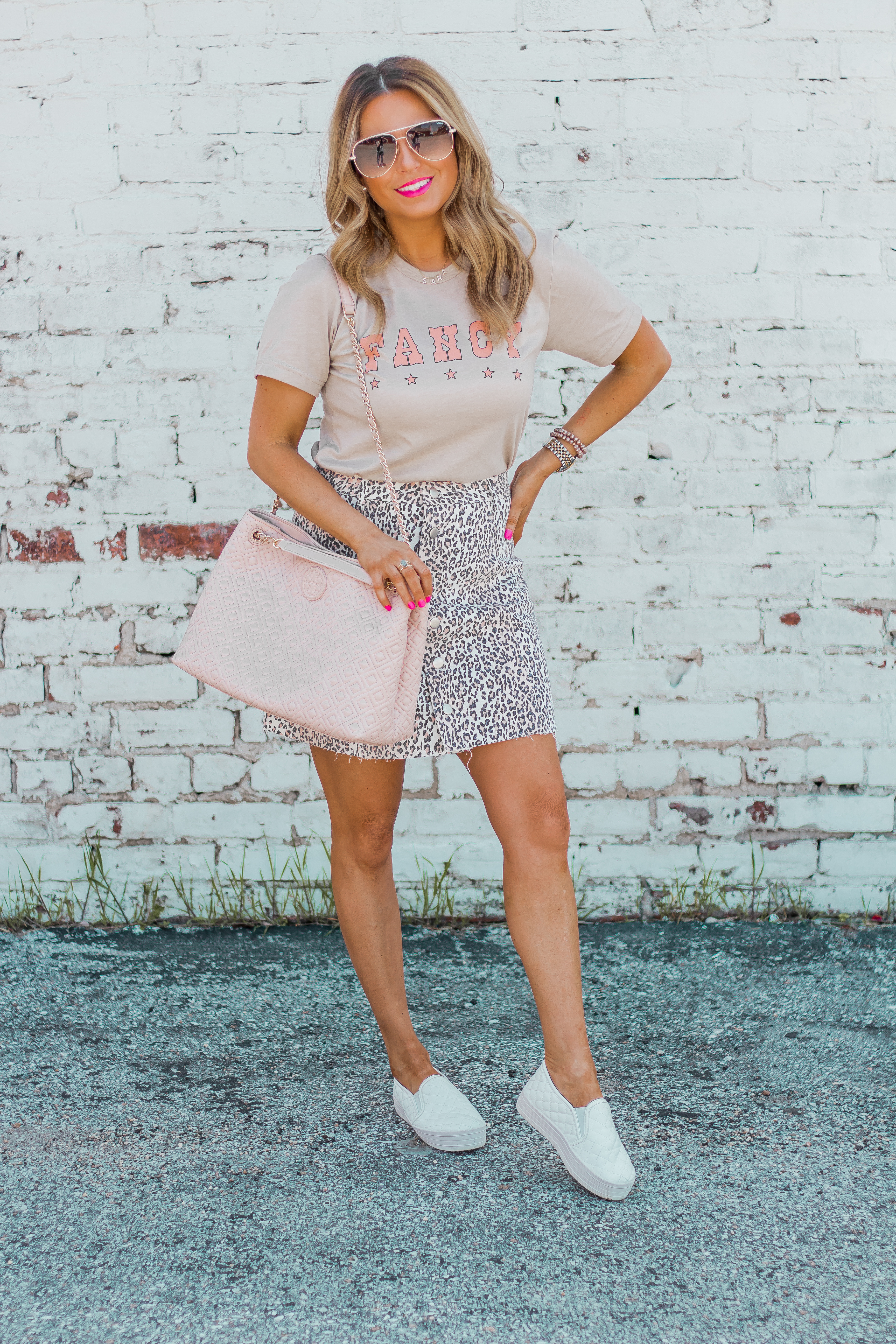 Fancy Graphic Tee-Leopard Skirt-Sugar Boutique-$250 Gift Card Giveaway-Tory Burch Fleming Bag-Quay Sunglasses-Sabby Style-Omaha Blogger-Women's Fashion-Spring Fashion-Summer Outfit-13