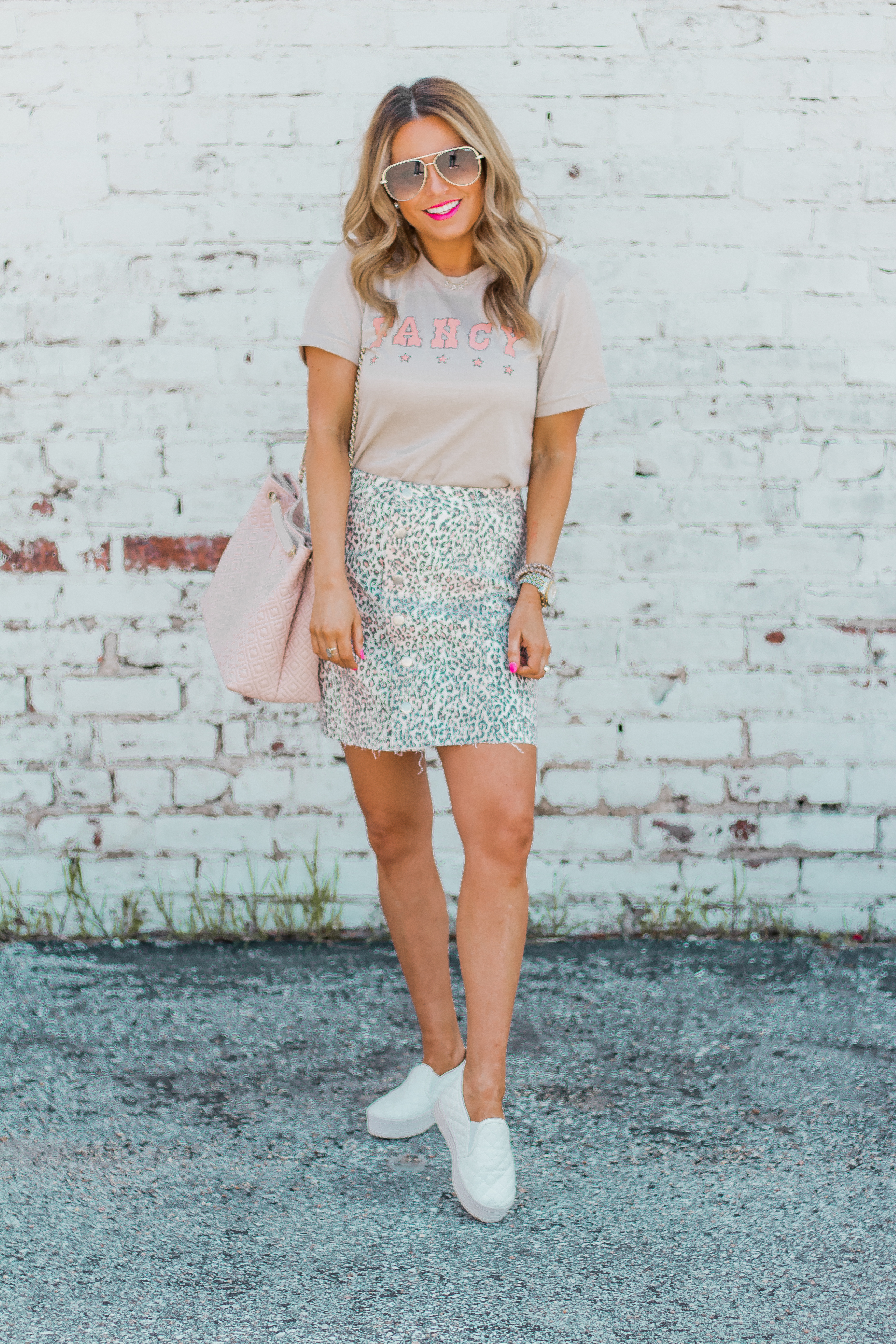 Fancy Graphic Tee-Leopard Skirt-Sugar Boutique-$250 Gift Card Giveaway-Tory Burch Fleming Bag-Quay Sunglasses-Sabby Style-Omaha Blogger-Women's Fashion-Spring Fashion-Summer Outfit-7