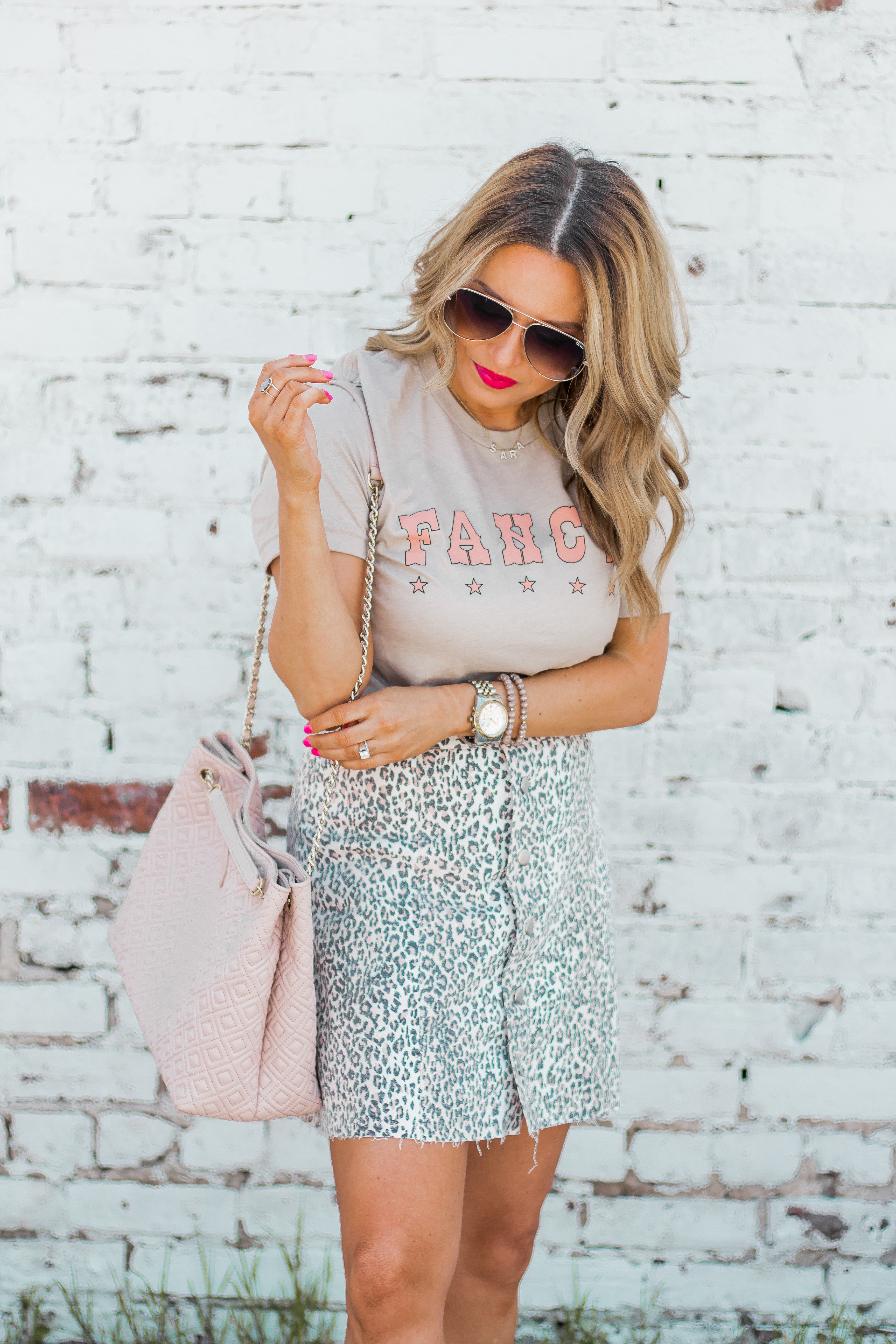 Fancy Graphic Tee-Leopard Skirt-Sugar Boutique-$250 Gift Card Giveaway-Tory Burch Fleming Bag-Quay Sunglasses-Sabby Style-Omaha Blogger-Women's Fashion-Spring Fashion-Summer Outfit-14
