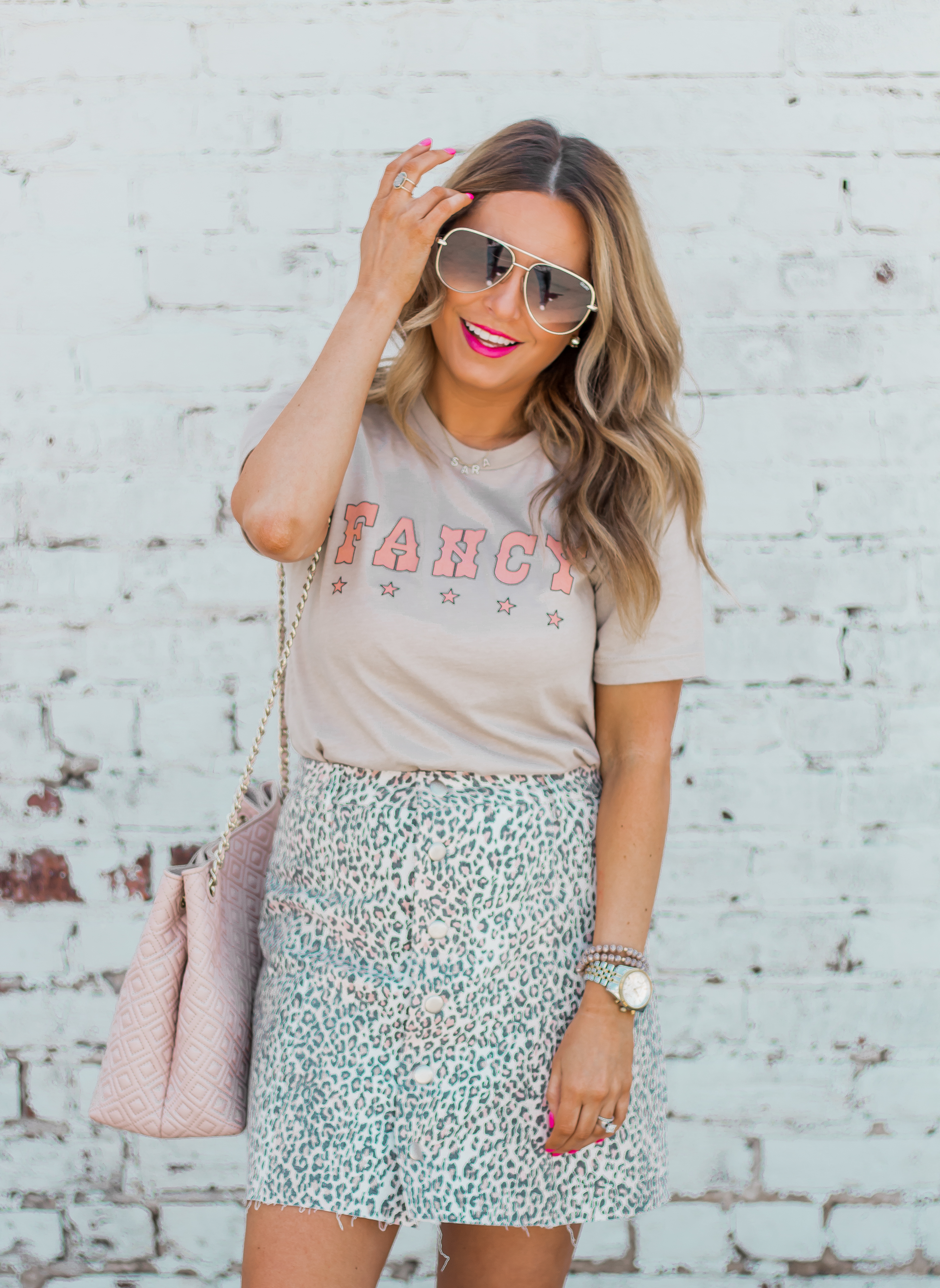 Fancy Graphic Tee-Leopard Skirt-Sugar Boutique-$250 Gift Card Giveaway-Tory Burch Fleming Bag-Quay Sunglasses-Sabby Style-Omaha Blogger-Women's Fashion-Spring Fashion-Summer Outfit-9
