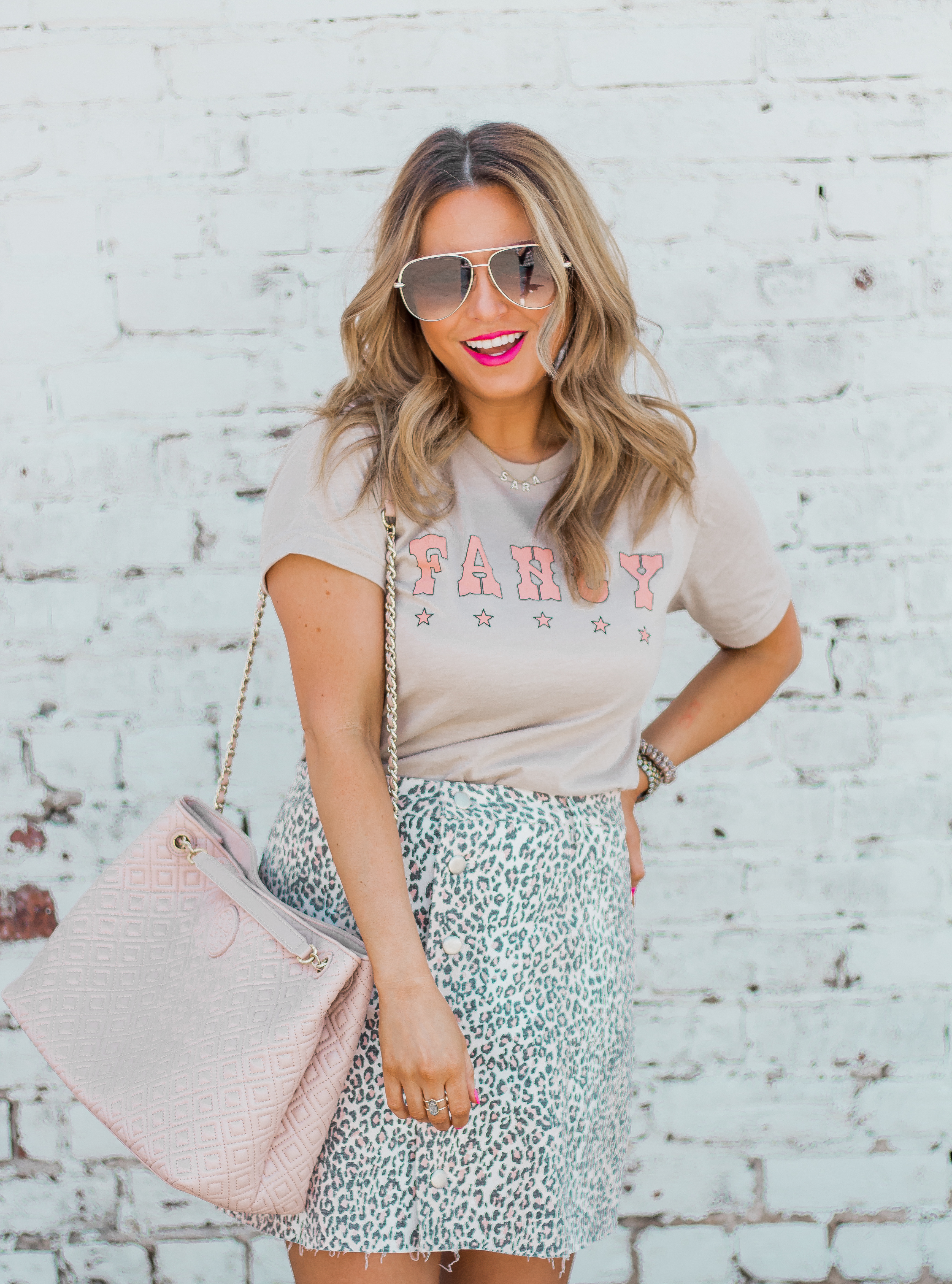 Fancy Graphic Tee-Leopard Skirt-Sugar Boutique-$250 Gift Card Giveaway-Tory Burch Fleming Bag-Quay Sunglasses-Sabby Style-Omaha Blogger-Women's Fashion-Spring Fashion-Summer Outfit-6